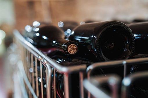 Château de Garnerot - Vendanges 2019 - En cave les bouteilles sont pleines